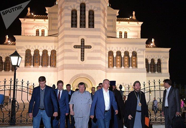 الرئيس بوتين يزور سيفاستوبول
