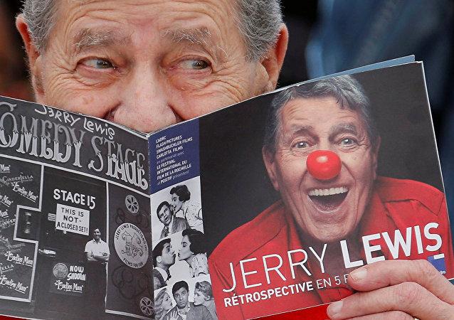 جيري لويس