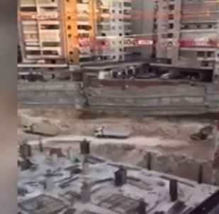 انهيار شارع في بيروت