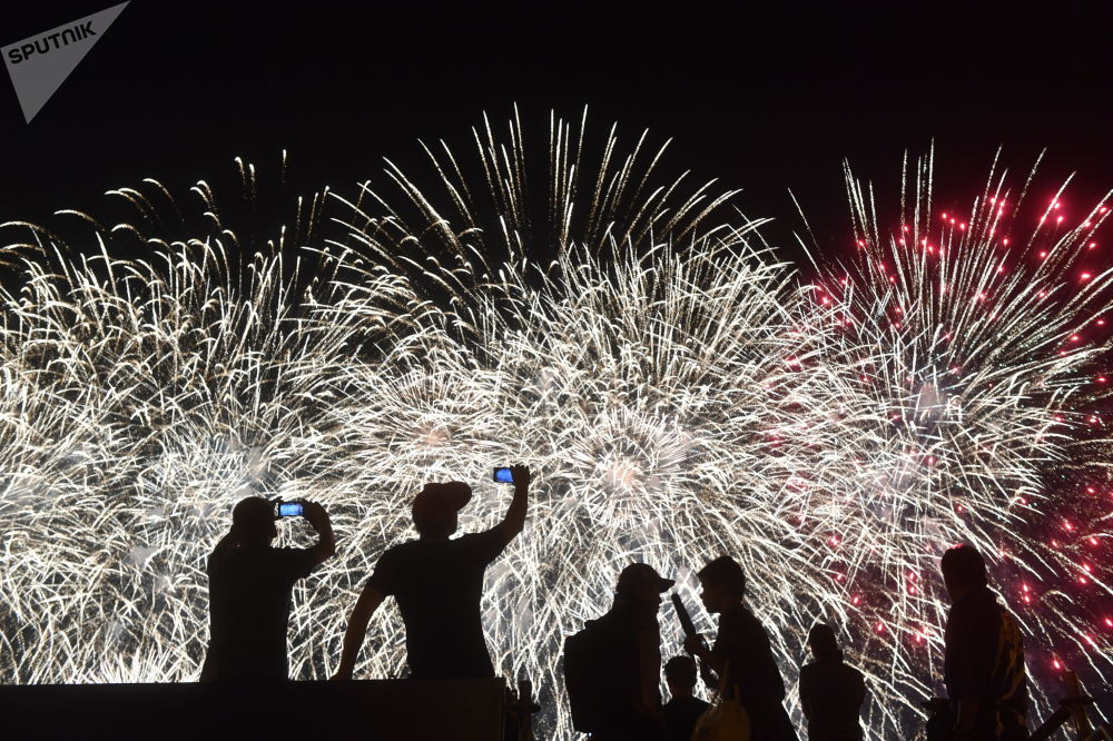 مهرجان روستيخ الدولي للألعاب النارية في موسكو