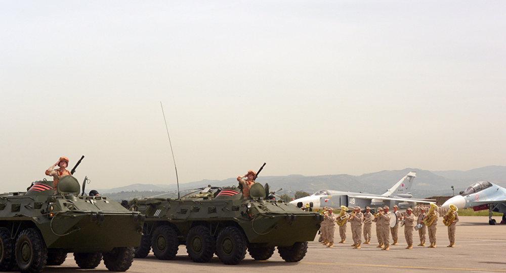احتفالات قاعدة حميميم بعيد النصر