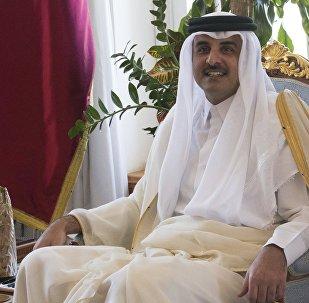 وزير الخارجية الروسي سيرغي لافروف في الدوحة مع أمير قطر تميم بن حمد آل ثاني