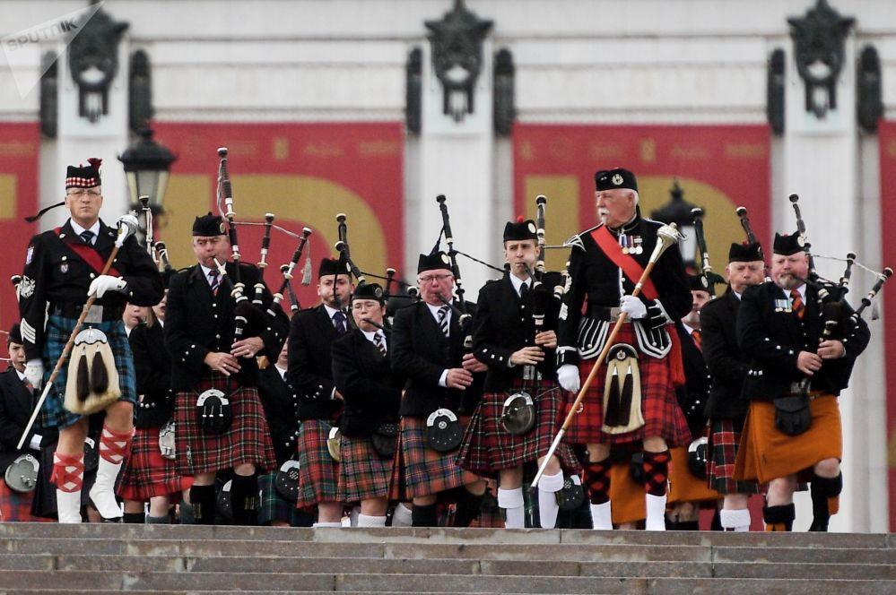 مهرجان سباسكايا باشنيا الدولي للموسيقى العسكرية على الساحة الحمراء في موسكو - فريق أوركيسترا سلتيك