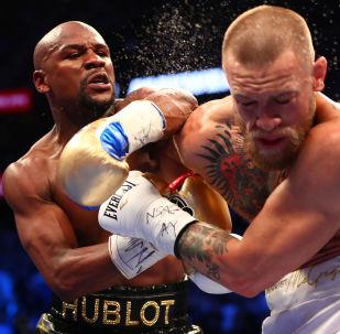 النزال الأغلى في العالم - الإيرلندي كونور ماكغريغور مع الملاكم الأمريكي فلويد مايويدز جونيور، 26 أغسطس/ آب 2017