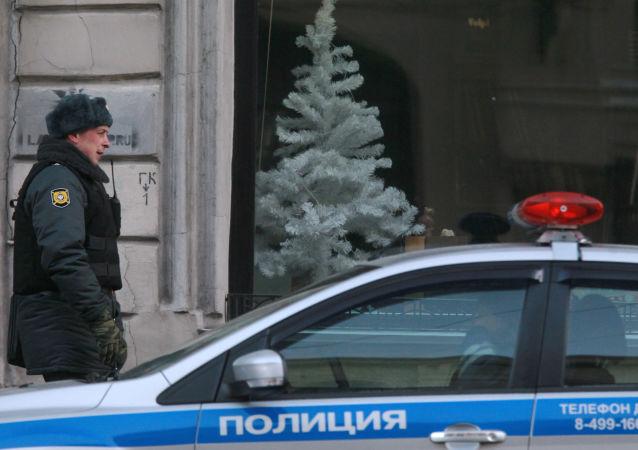 تبادل إطلاق النار أمام روضة أطفال في مدينة يكاترينبورغ