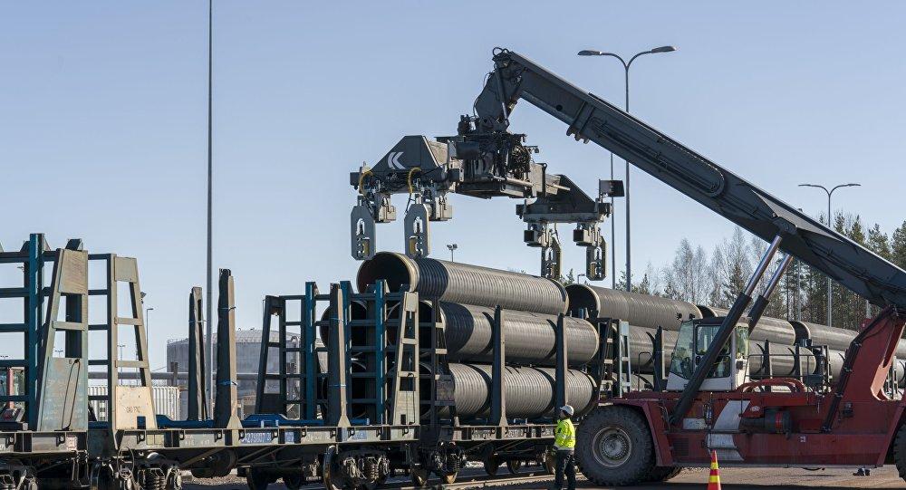 أنابيب الغاز لمشروع التيار الشمالي 2