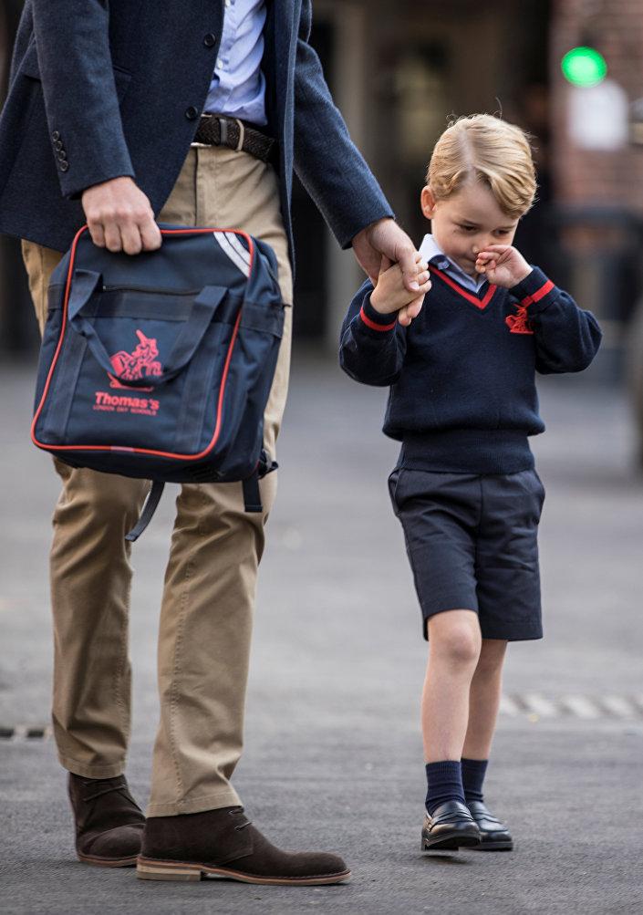 جورج برفقة والده