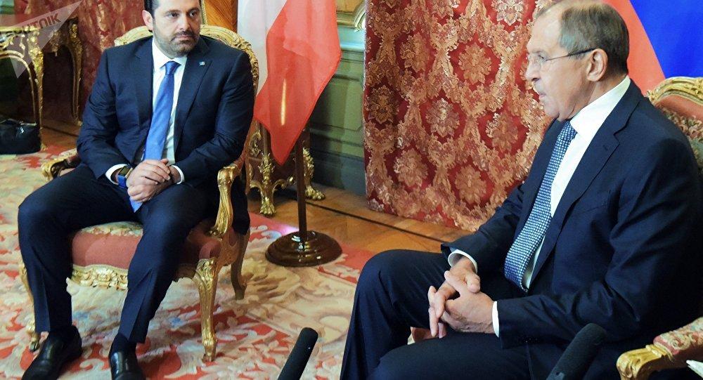 وزير الخارجية الروسي سيرغي لافروف مع رئيس الحكومة اللبنانية سعد الحريري