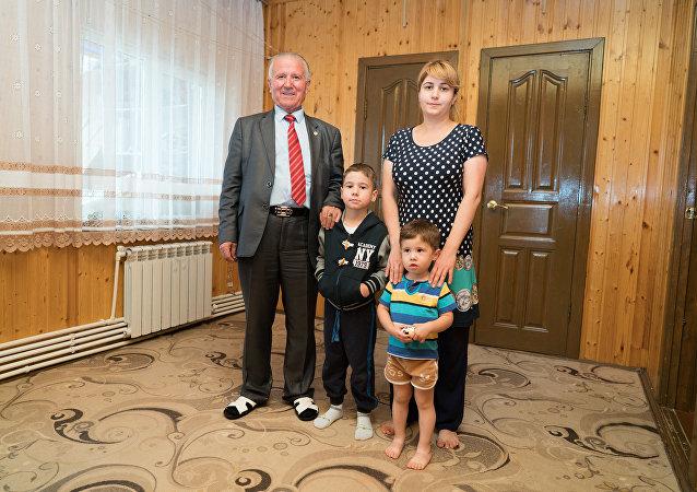 الطفلان بوتين وشويغو