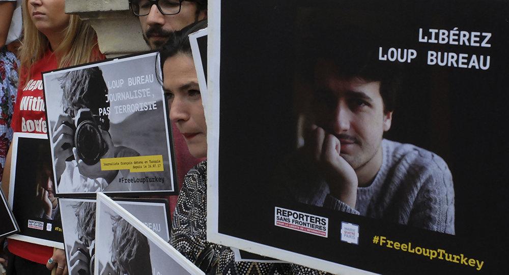 تركيا تفرج عن الصحافي الفرنسي لو بورو بعد اعتقال دام أكثر من 50 يوما