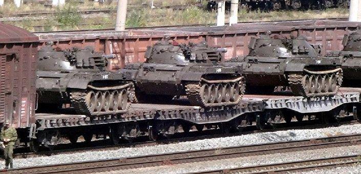 .تسليم دبابات روسية ومركبات قتالية إلى سوريا 1026342401