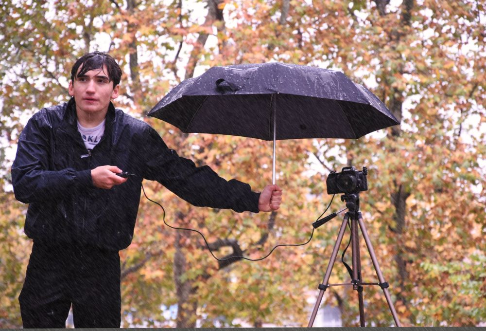 صعوبات المصور للمصورة لويزا إيمازيو، حصل على جائزة في فئة المصور الشاب في مسابقة مصور الطقس لعام 2017