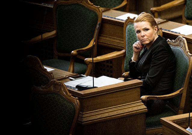 وزيرة الهجرة الدنماركية