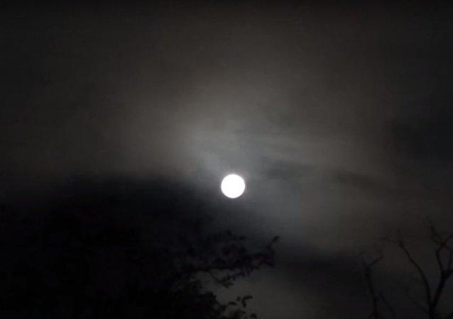 أصوات غريبة في سماء سلوفاكيا هل هي صحون طائرة أو نذير بنهاية العالم؟