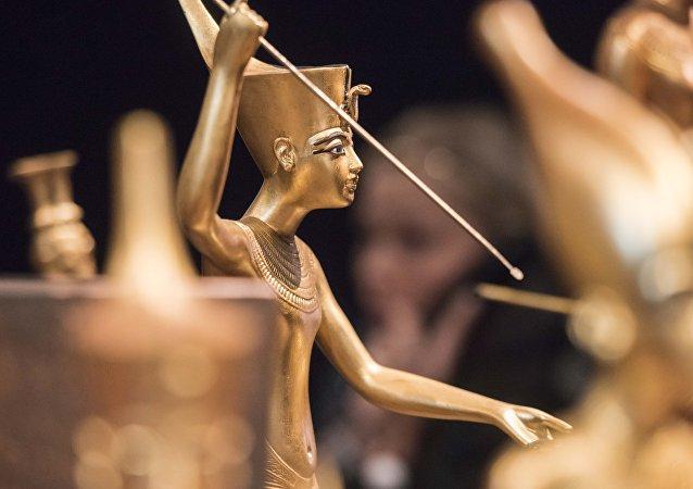 العثور على جيش فرعون الغارق