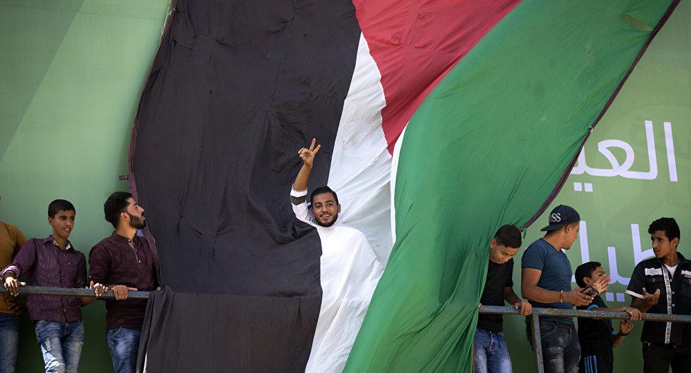من فعاليات استقبال وفد من المسؤولين من حركة فتح ورئيس الوزراء الفلسطيني رامي الحمدالله إلى مدينة غزة، قطاع غزة، فلسطين 2 أكتوبر/ تشرين الأول 2017