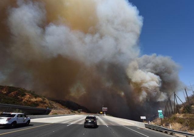 حريق هائل (أرشيفية)