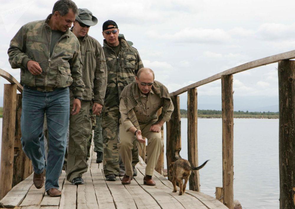 الرئيس فلاديمير بوتين خلال قضاء عطلته في جمهورية تيفا، روسيا