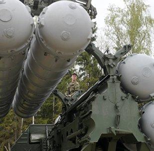 منظومة صواريخ الدفاع الجوي إس-400