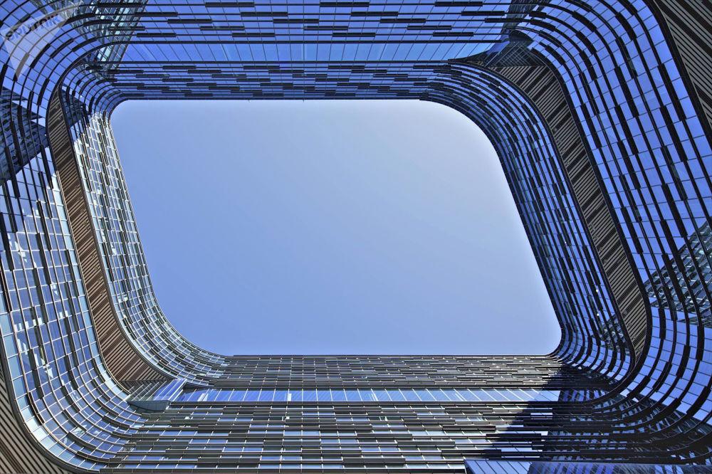 صورة بناء سامسونغ للإلكترونيات للمصور الأمريكي، ديفيد كروفورد، المتأهل للنهائي في فئة التصميم الخارجي