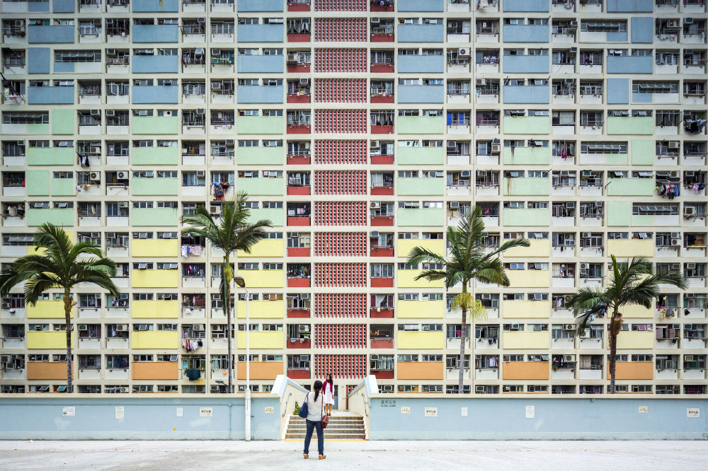 صورة لمبنى متعدد الطوابق Choi Hung في هونكونغ، للمصور فابيو مانتوفاني، متأهل إلى نهائي فئة حس المكان