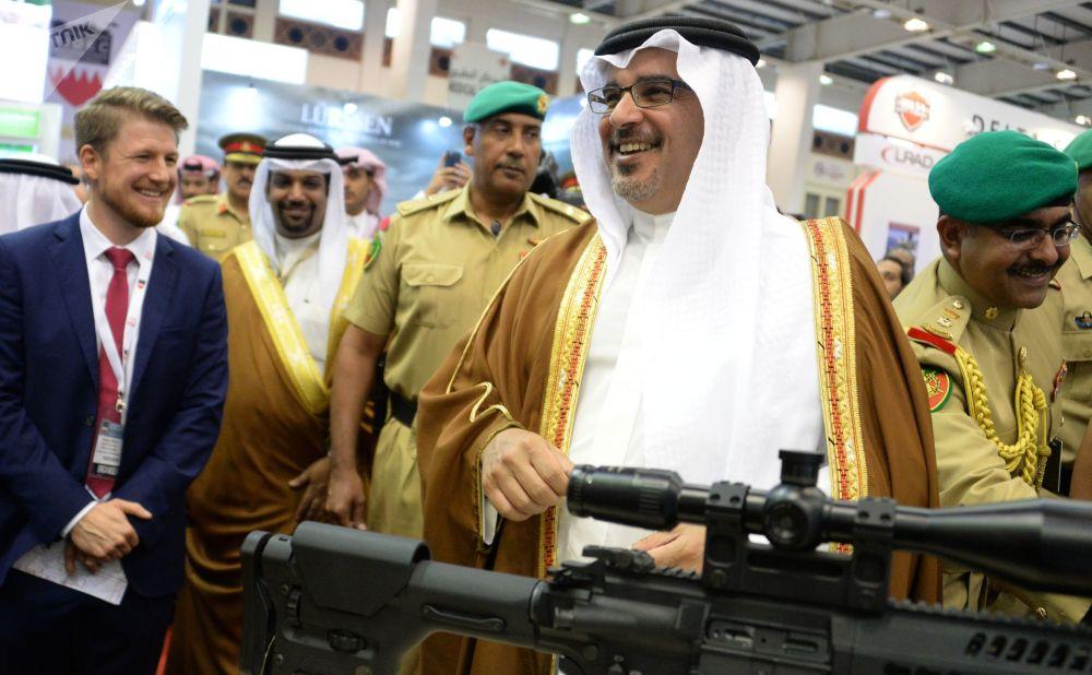 المعرض العسكري الدولي في البحرين (BIDEC-2017) - النائب الأول لرئيس مجلس الوزراء وولي عهد مملكة البحرين الشيخ سلمان بن حمد آل خليفة