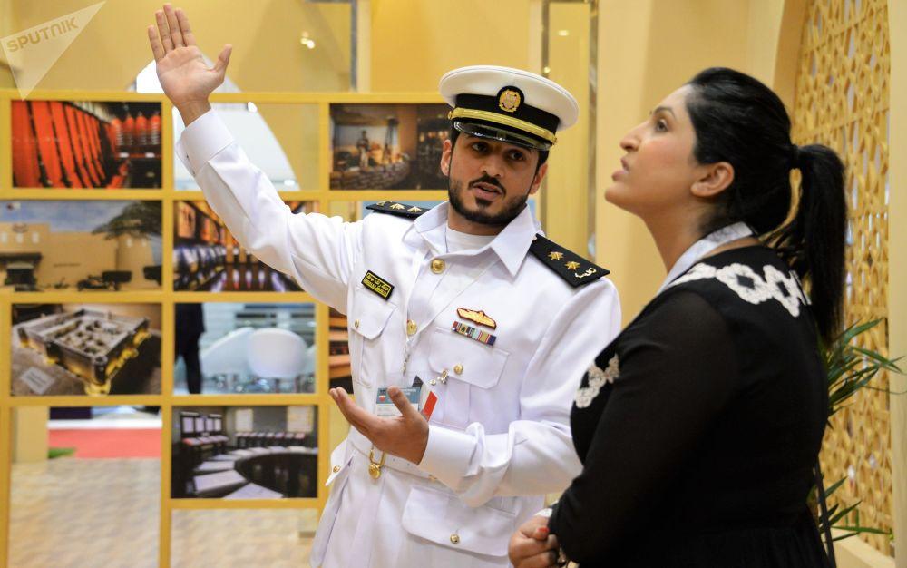 المعرض العسكري الدولي في البحرين (BIDEC-2017) - زوار في المعرض