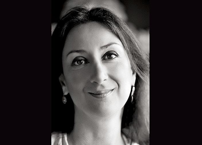 الصحفية المالطية دافني كاروانا غاليتسيا