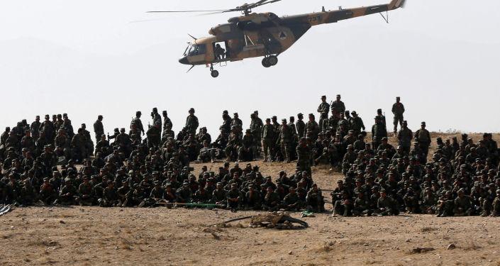 تدريبات عسكرية للجيش الوطني الأفغاني في كابول، أفغانستان 17 أكتوبر/ تشرين الأول 2017