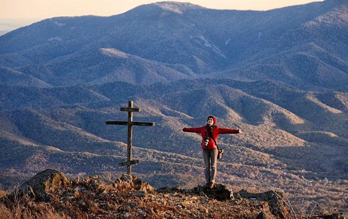 جبل فوروبي يصل ارتفاعه إلى 1230 متر في منطقة بريموري، روسيا