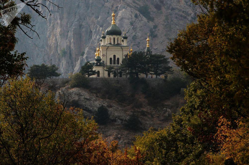 كنيسة قيام المسيح في فوروس، القرم