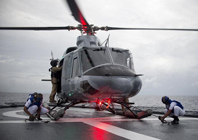 هيليكوبتر من نوع بيل