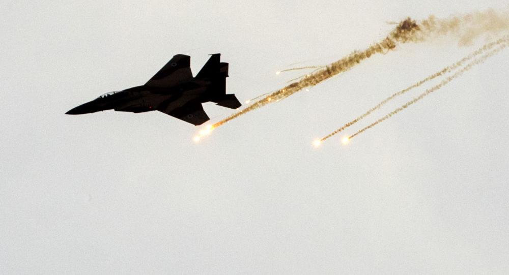 مقاتلة الطيران الإسرائيلي من طراز إف-15
