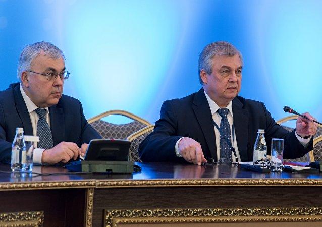 لافرينتيف يبحث مع الرئيس السوري الانتقال الى التسوية الساسية