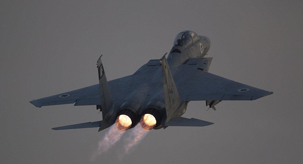 طائرة حربية إف 15