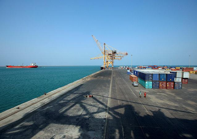 ميناء الحديدية