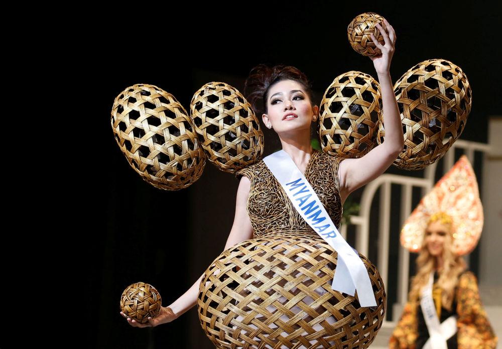 ملكة جمال ميس انترناشنال 2017 في طويكيو، اليابان 14 نوفمبر/ تشرين الثاني 2017 - ممثلة ميانمار ساو وون وادي