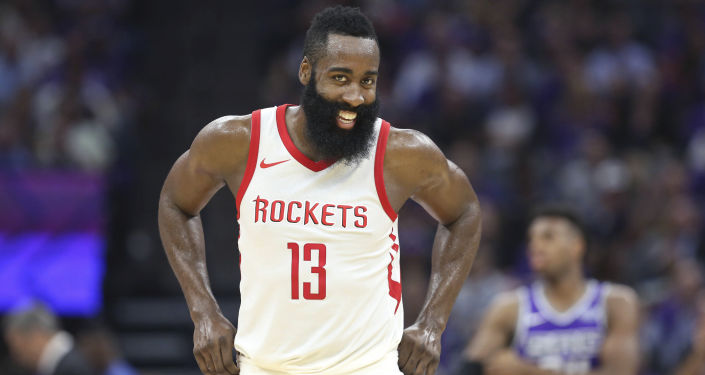 الأجور الأعلى بين المشاهير الشباب لعام 2017 وفقا لمجلة فوربس - لاعب كرة السلة الأمريكي جيمس هاردن