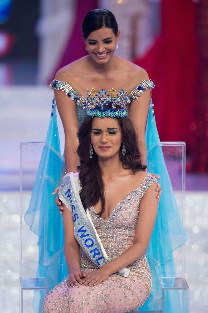 مسابقة ملكة جمال العالم 2017 في جزيرة هاينان في الصين - تتويج ممثلة الهند مانوشي تشخيلار ملكة جمال العالم 2017