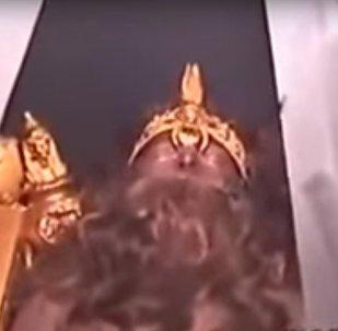 بالفيديو ... ساحر إيراني قد يستيقظ من سباته عن عمر يناهز 1000 سنة