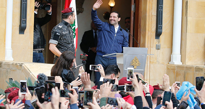 رئيس الوزراء اللبناني سعد الحريري وسط حشود من مؤيديه في بيروت، لبنان 22 نوفمبر/ تشرين الثاني 2017