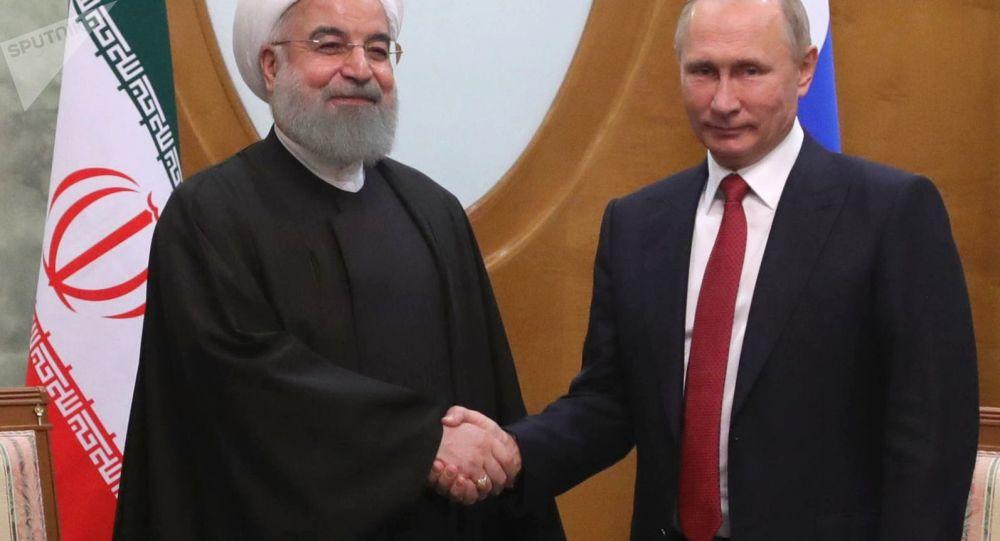 الرئيس فلاديمير بوتين خلال اللقاء مع الرئيس الإيراني حسن روحاني في سوتشي، 22 نوفمبر/ تشرين الثاني 2017