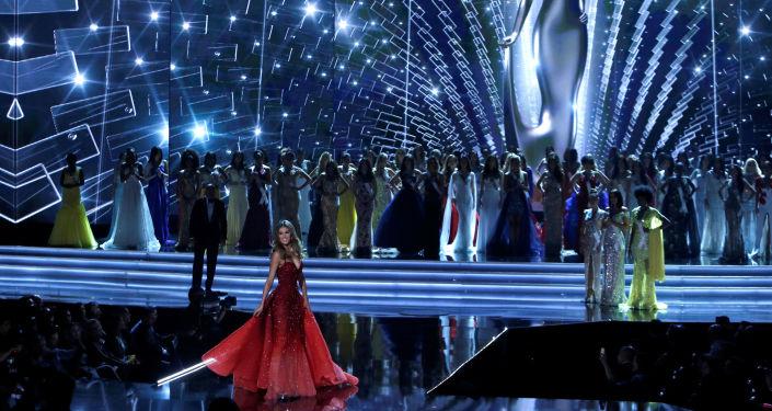 مسابقة ملكة جمال الكون لعام 2017 - ممثلة فرنسا إريس ميتيناير، لاس فيغاس، 26 نوفمبر/ تشرين الثاني 2017