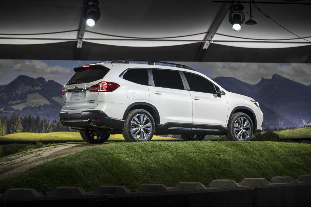 عرض السيارات لا أوتو شو 2017 في لوس أنجلوس - السيارة الجديدة Subaru Ascent، كاليفورنيا 29 نوفمبر/ تشرين الثاني 2017