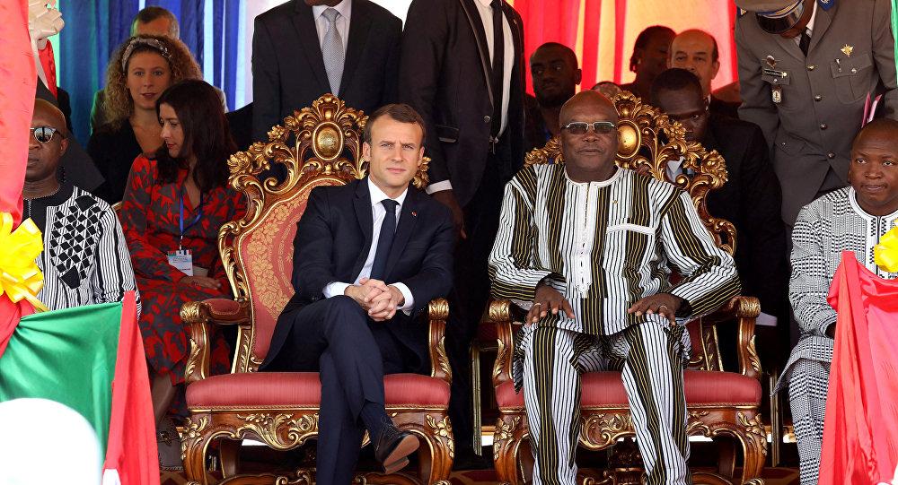 ماكرون ورئيس بوركينا فاسو