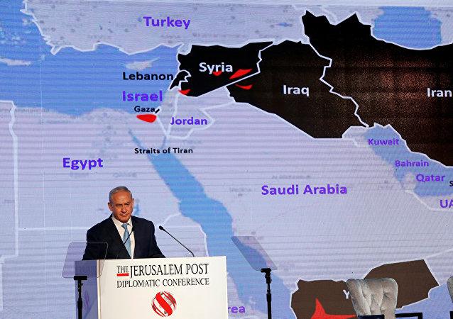رئيس الوزراء الإسرائيلي بنيامين نتنياهو خلال إلقاء كلمة في مؤتمر صحيفة ديبلوماتيك جيروساليم بوست في القدس، 6 ديسمبر/ كانون الأول 2017