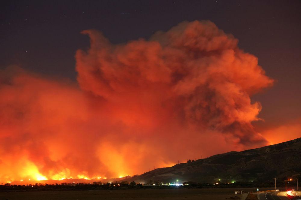 حرائق كبيرة في كاليفورنيا، الولايات المتحدة 4 ديسمبر/ كانون الأول 2017