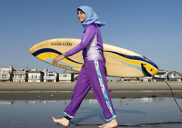 ملابس السباحة - بوركيني