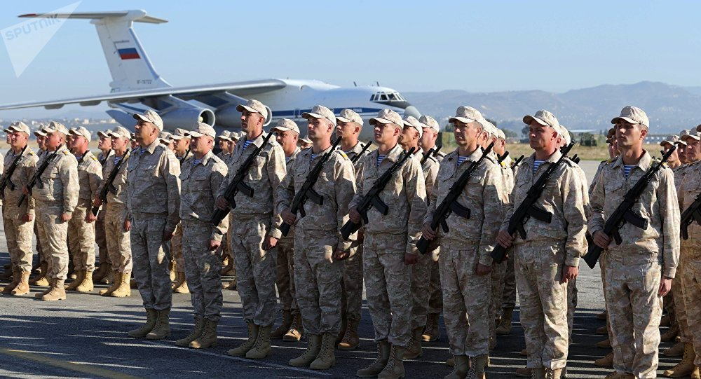 قوات روسية في قاعدة حميميم السورية