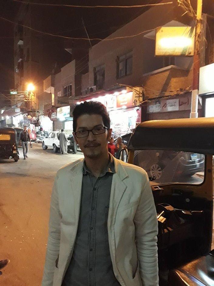 عمرو أحمد عبدالعظيم.. سائق توك توك مصري